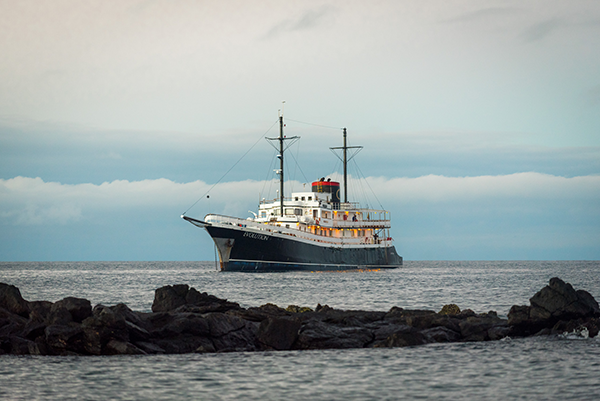 M/V Evolution – Luxury Galapagos Cruise