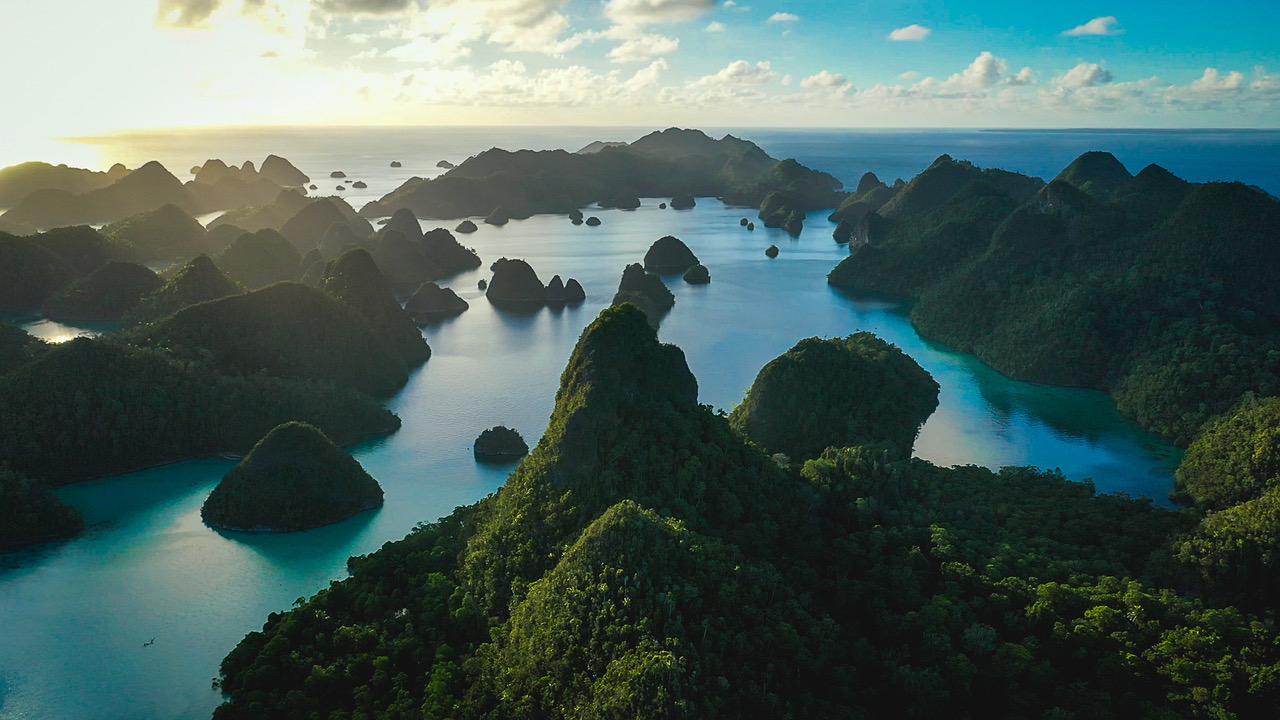 Indonesia Yacht Rascal
